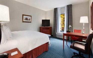 哈特福德酒店公寓住宿:哈特福德恒庭套房/法明顿
