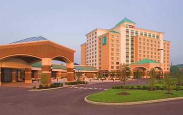 圣路易斯(密苏里州)酒店公寓住宿:圣路易斯圣查尔斯大使套房及Spa