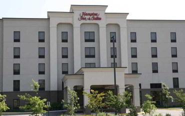维吉尼亚海滩酒店公寓住宿:切萨皮克广场购物中心欢朋套房