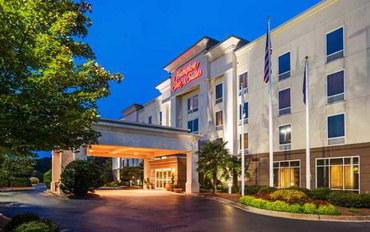 斯帕坦堡酒店公寓住宿:汉普顿克林顿套房