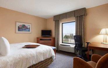 五指湖(纽约州)酒店公寓住宿:汉普顿日内瓦客栈