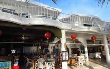 长滩岛酒店公寓住宿:阿拉红月湾度假村