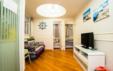 香港酒店公寓住宿:爱琴海F公寓 油麻地地铁口3房1厅住7人