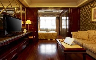 首尔酒店公寓住宿:近江南站的水晶大床房