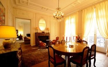 巴黎酒店公寓住宿:巴黎凯旋门三卧两浴复古公寓