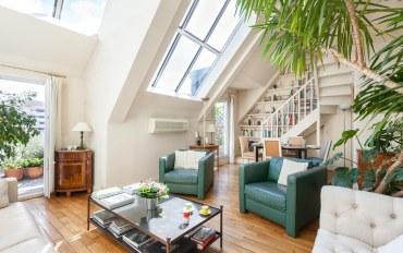 巴黎酒店公寓住宿:巴黎高雅街区一卧一浴天窗公寓