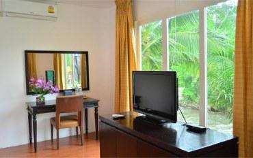 攀牙府酒店公寓住宿:乡村景观度假村高级房