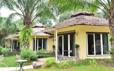 攀牙府酒店公寓住宿:乡村景观度假村豪华大床房