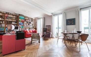 巴黎酒店公寓住宿:巴黎圣母院一卧一浴书香雅居