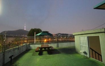 韩国酒店公寓住宿:南山塔民宿双床房