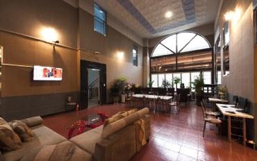 首尔酒店公寓住宿:临近弘大新村的安静房(双床房)