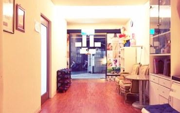 台南酒店公寓住宿:台南中西区爱台南背包客栈六人房近林百货