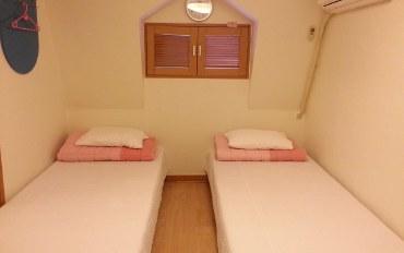 韩国酒店公寓住宿:新村/弘大 哥哥民宿-双床房