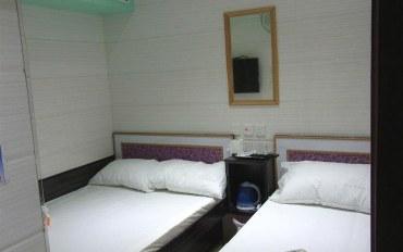 香港酒店公寓住宿:旺角地铁站附近安静三人房冇窗