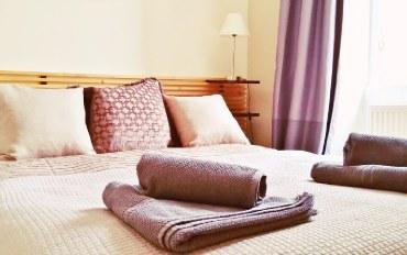 爱丁堡酒店公寓住宿:皇家大道精致一室公寓 (荷里路德宫附近)