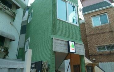 韩国酒店公寓住宿:近梨泰院站的温馨双床房