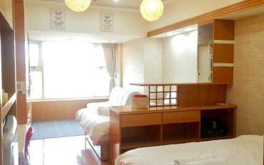 台北酒店公寓住宿:北车大面窗景面对101《日式禅风四人房》