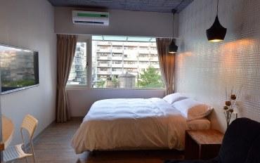 台北酒店公寓住宿:宽敞明亮 Sogo百货正旁边 #607