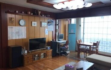 首尔酒店公寓住宿:观看首尔塔风景 近首尔站的家庭房