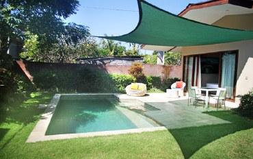巴厘岛酒店公寓住宿:近海滩  清新1床泳池别墅