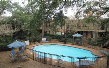 休斯顿酒店公寓住宿:法国花园雅房#140