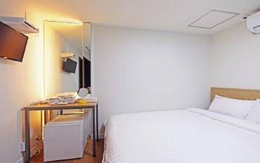 首尔酒店公寓住宿:4分钟明洞购物区 经济双人房(无窗)