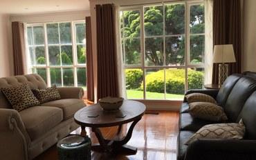 墨尔本酒店公寓住宿:城市绿地湖畔别墅大床房