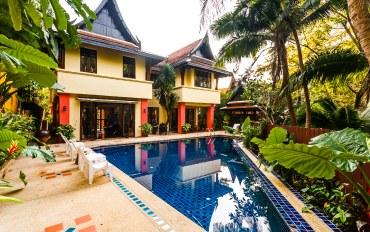 普吉岛酒店公寓住宿:Naka Thani泳池别墅 带厨房 近
