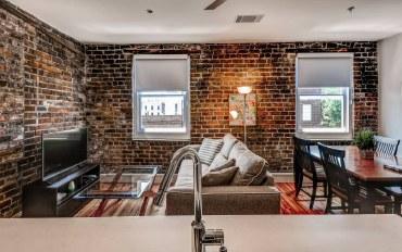 萨凡纳酒店公寓住宿:萨凡纳繁华街道中心豪华公寓1室1厅