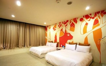 高雄酒店公寓住宿:主题中庭四人房