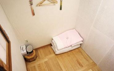 首尔酒店公寓住宿:景福宫附近的韩屋-竹室单人间