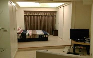 桃园酒店公寓住宿:Eason的清新3人房/台湾下机第一站