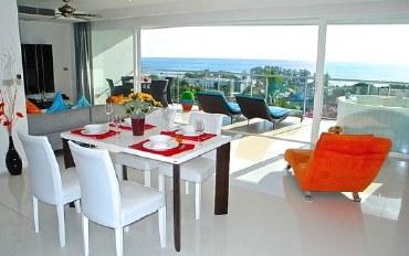 普吉岛酒店公寓住宿:迷人的2卧室海景公寓 靠近海滩