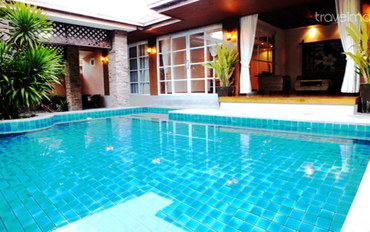 芭提雅酒店公寓住宿:芭提雅豪华别墅 4个卧室 有泳池