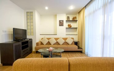 曼谷酒店公寓住宿:查瓦拉110平三室公寓