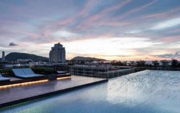 普吉岛酒店公寓住宿:芭东海滩浪漫蜜月房!带按摩浴缸#无边泳池