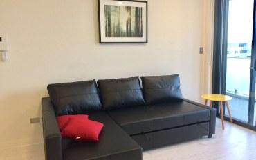 悉尼酒店公寓住宿:全新高层美景公寓