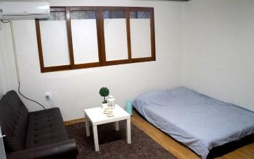 首尔酒店公寓住宿:韩式家庭式民宿3人房