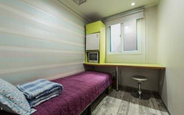 首尔酒店公寓住宿:hostel korea单人间(共用卫浴