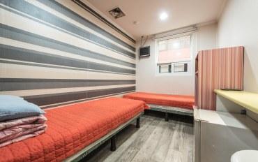 首尔酒店公寓住宿:hostel korea 双人房(共用卫