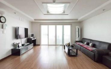 首尔酒店公寓住宿:弘大暖心3居室