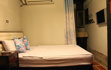 金门酒店公寓住宿:北纬24民宿一床双人房