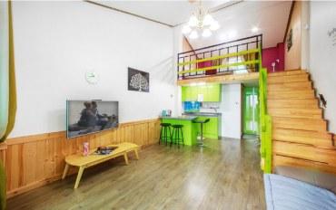 平昌郡酒店公寓住宿:森林度假 复式2人大床房E