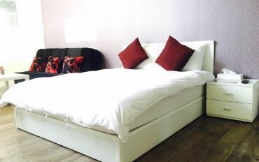 高雄酒店公寓住宿:高级双人套房 西子湾站步行2分钟 附早餐