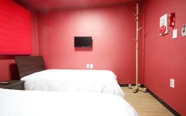 韩国酒店公寓住宿:临近明洞站的双床房&独立浴室