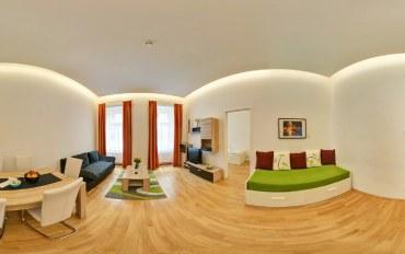 维也纳酒店公寓住宿:维也纳市中心清新绿色木质2卧公寓