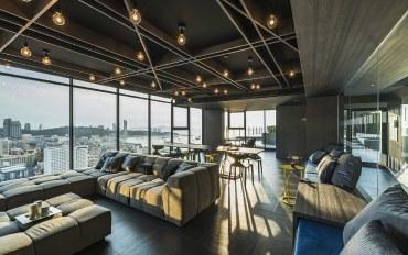 芭提雅酒店公寓住宿:泰多假期楼顶美丽无边泳池海景精装豪华公寓