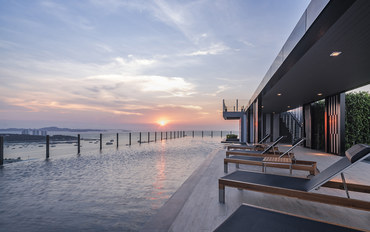 芭提雅酒店公寓住宿:泰多假期芭提雅海滩精品两居室高层海景公寓