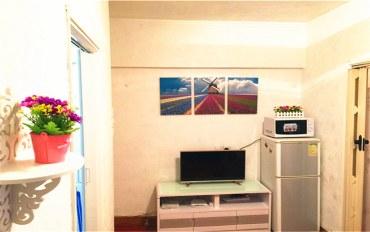 香港酒店公寓住宿:爱琴海D公寓 旺角地铁口两房一厅可住6人