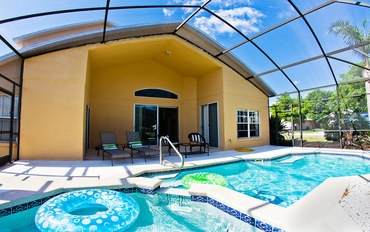 基西米酒店公寓住宿:可爱泳池之家@佛罗里达州